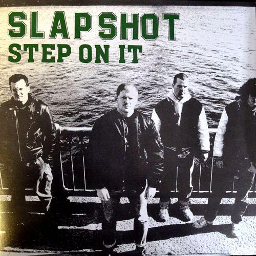 SLAPSHOT STEP ON IT: ROTES BLUT UND GRÜNES VINYL
